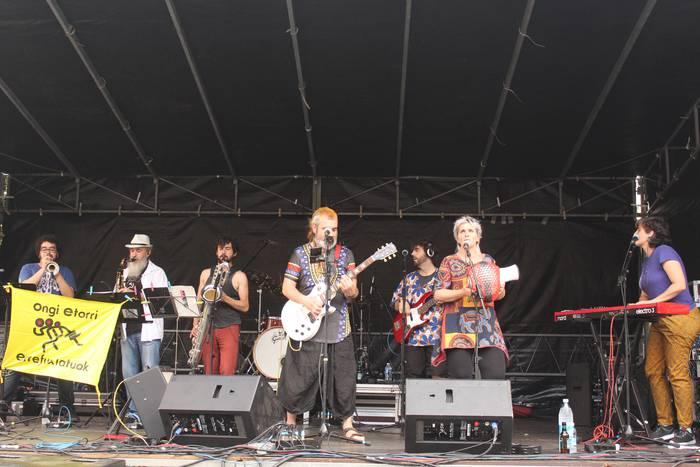 'Euskal Afrobeat' bira egingo du Makulu Ken taldeak, Ibizan eta Formenteran