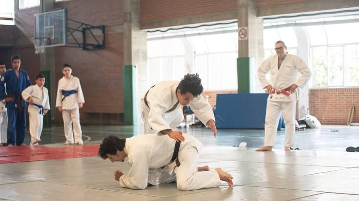 LOKE elkarteko judoken erakustaldia