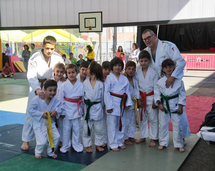 Judoka gazteak, Irungo bilkuran