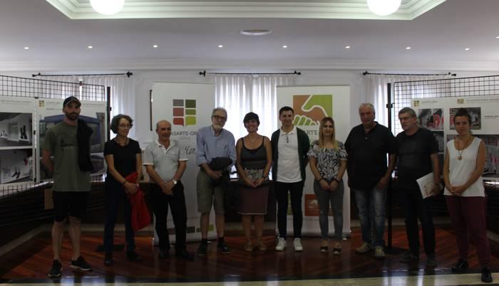 Juncal Aguirrek jaso du Guztion Lasarte-Oria mural lehiaketako lehen saria