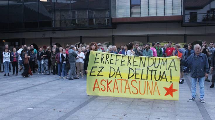 Lasarte-Oriak elkartasuna adierazi dio Kataluniari