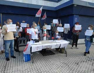 Zapategi kaleko babes ofizialeko etxebizitzetako 52 familia, etxegabetuak izateko arriskuan